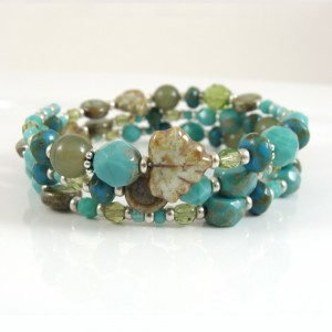 Turquoise and olive memory bracelet