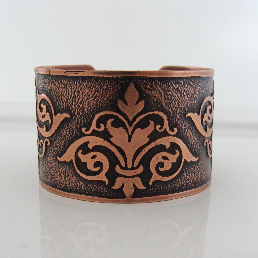 Fleur-de-lis copper bracelet cuff