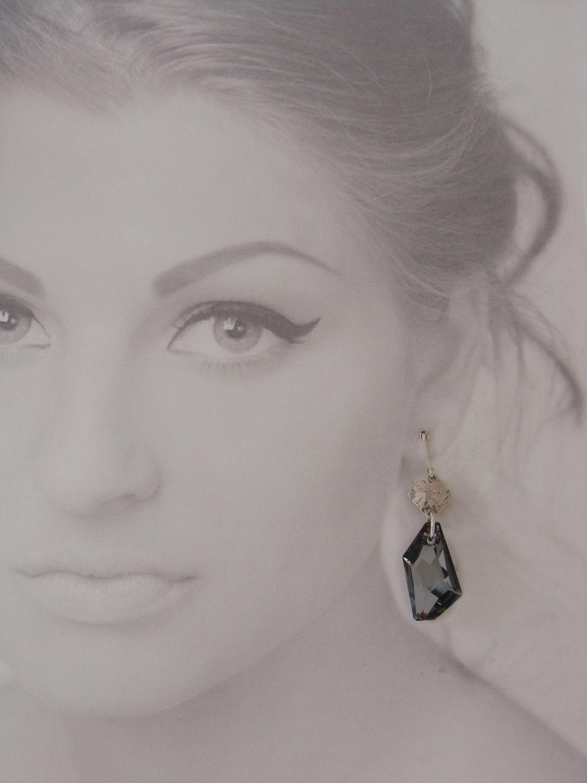 Silver night crystal pendant earrings