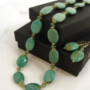 Turquoise crystal necklace and earrings set